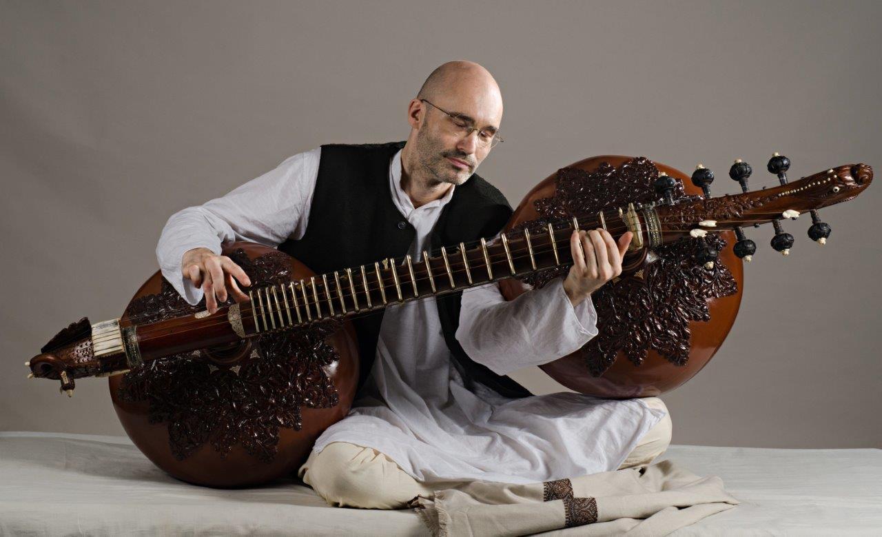 Rudra Vina Konzert mit Carsten Wicke @ Haus der Religionen | Hannover | Niedersachsen | Deutschland